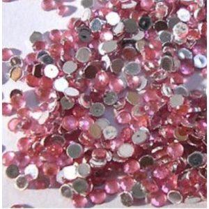 Strass steentjes in de kleur roze.