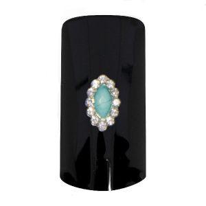 Aparte nagel sieraden voor speciale nageldecoratie.