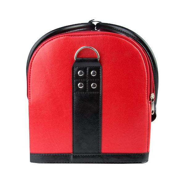 Make-upkoffer in de kleur rood met heel veel mogelijkheden.