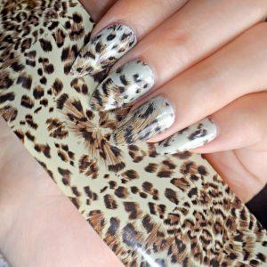 Tranfer folie in leopard print.