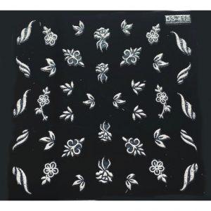 Florale white 4 moderne witte nagelstickers voor leuke nailart.