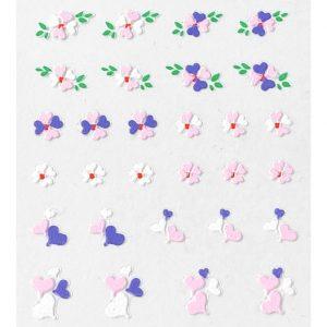 Nagelsticker Girly 5 met hartjes en bloemetjes.