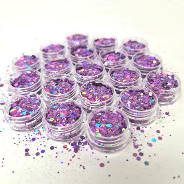 Pailletten mix purple rain voor een trendy nageldecoratie.